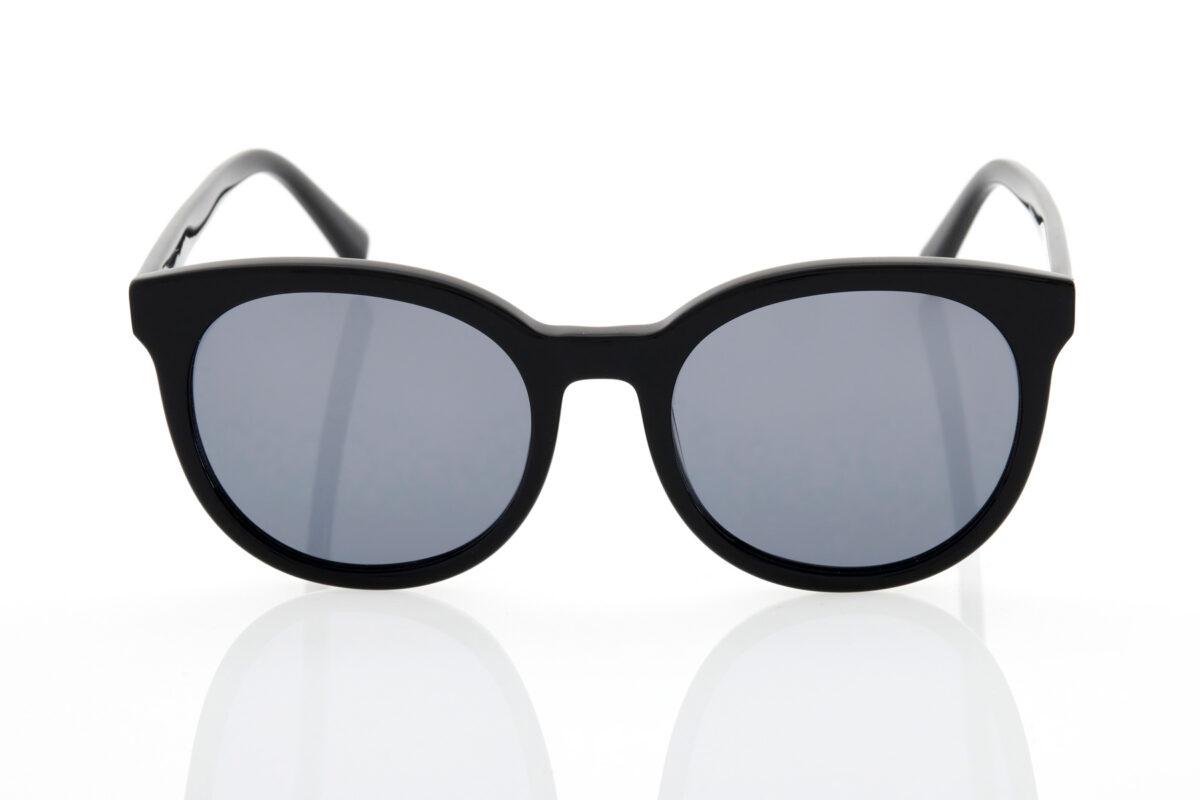 Black Female Sunglasses Hawkers Black Dark Resort