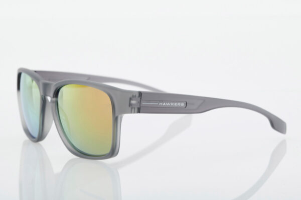 Grey unisex sunglasses Hawkers Core Ruby